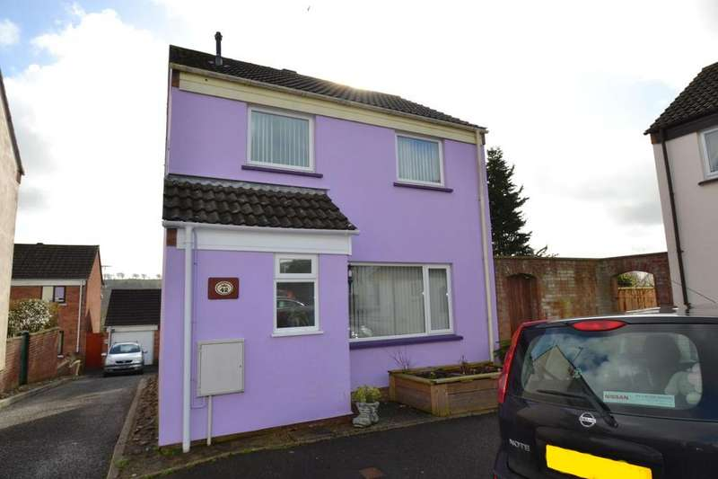 3 Bedrooms Detached House for sale in Woolbarn Lawn, Barnstaple