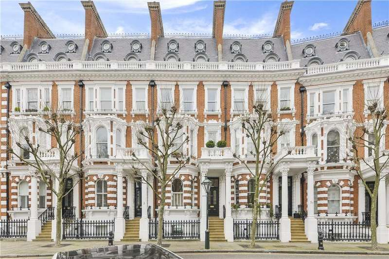 2 Bedrooms Flat for sale in Observatory Gardens, Kensington, London, W8