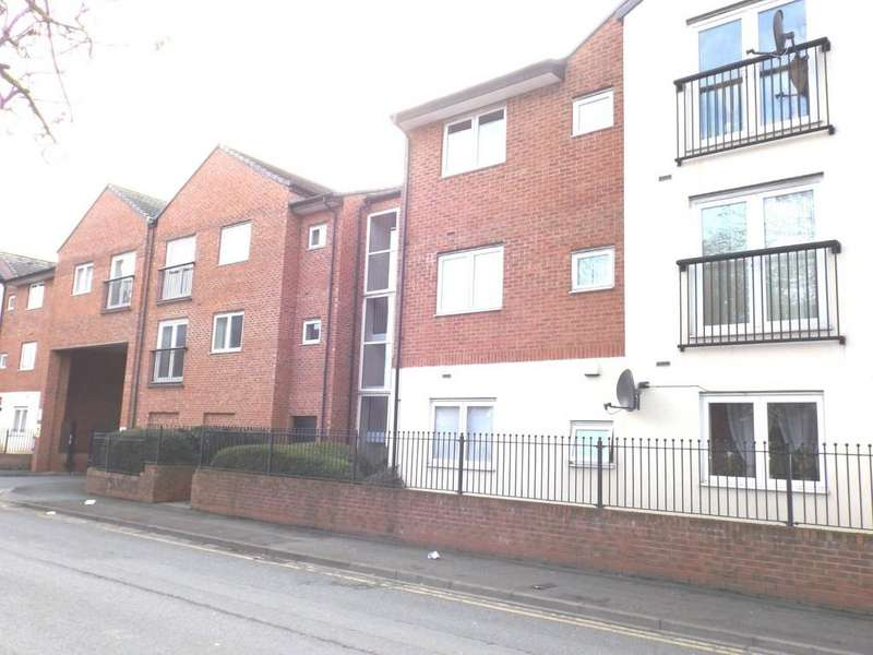 2 Bedrooms Apartment Flat for sale in Delamere Court, St Mary Street