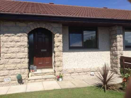 3 Bedrooms Semi Detached Bungalow for sale in Wallace Way, Peterhead, Aberdeenshire, AB42 1GQ