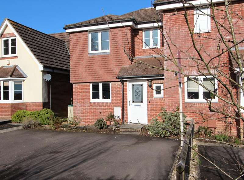 3 Bedrooms Semi Detached House for sale in Lower St Helens Road, Hedge End SO30
