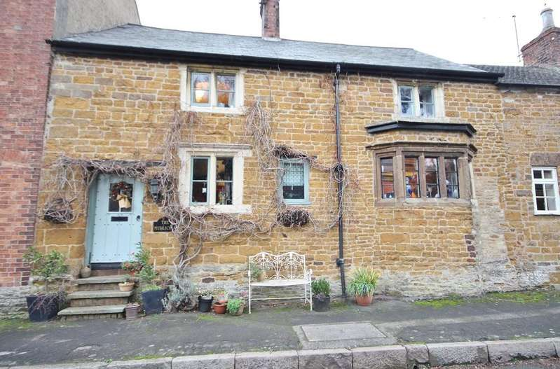 3 Bedrooms Cottage House for sale in Main Street, Preston