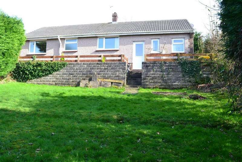 3 Bedrooms Detached Bungalow for sale in Howells Road, Dunvant, Swansea