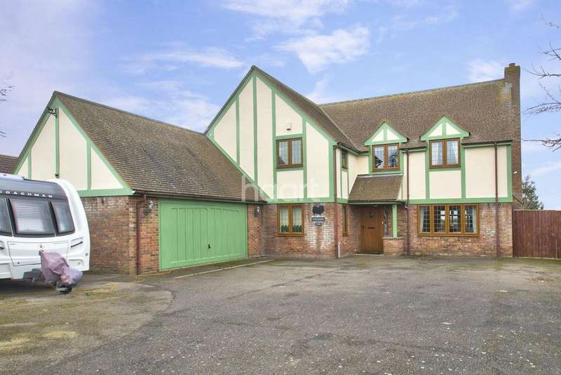 4 Bedrooms Detached House for sale in School Lane, Manea