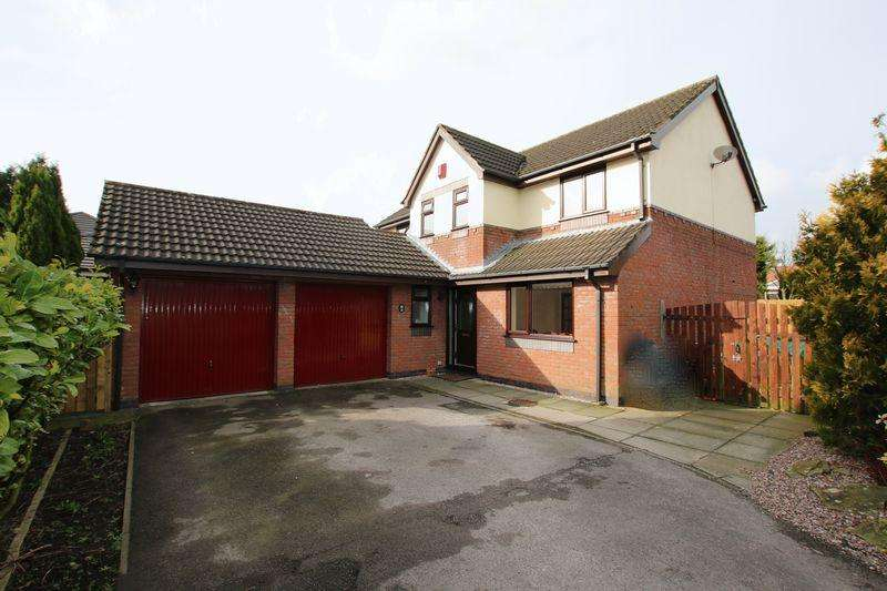 4 Bedrooms Detached House for sale in Fairview Close, Walmer Bridge