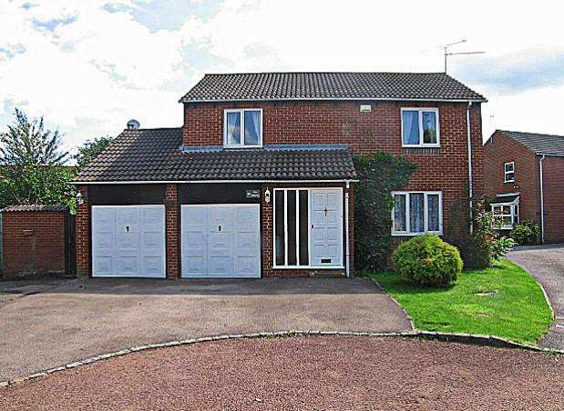 4 Bedrooms Detached House for rent in Tinwell Close, Reading