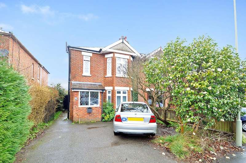 4 Bedrooms Semi Detached House for sale in Moorgreen Road, West End, Southampton, Hampshire, SO30 3EB