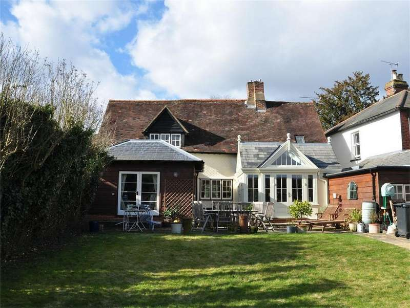 3 Bedrooms Detached House for sale in Hadham Cross, Much Hadham