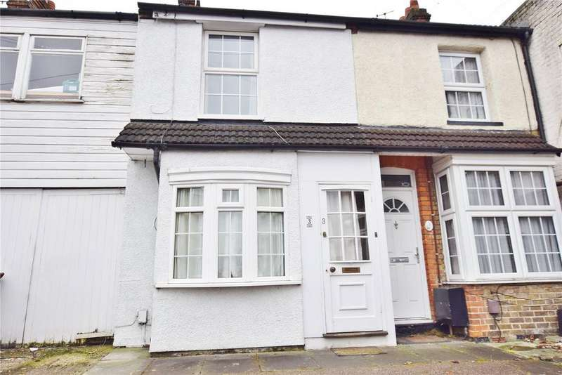 2 Bedrooms Terraced House for sale in Walton Road, Bushey, Hertfordshire, WD23