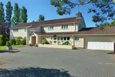 4 Bedrooms Detached House for rent in Croft Drive West, Caldy