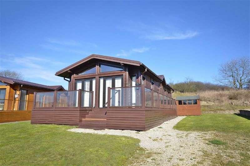 2 Bedrooms Detached Bungalow for sale in Saxon Park, Crossgates