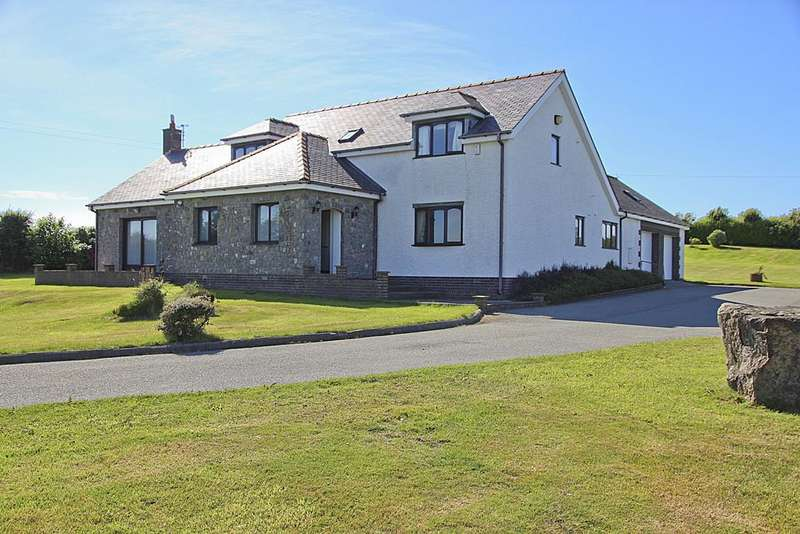 3 Bedrooms Detached Bungalow for sale in Penrhos Feilw, Holyhead, North Wales