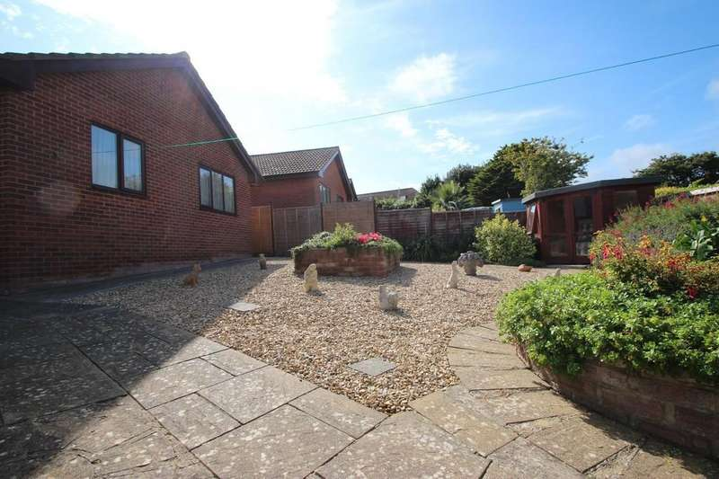 3 Bedrooms Detached Bungalow for sale in Freshwater, Isle of Wight