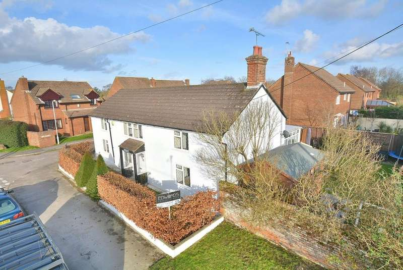 5 Bedrooms Detached House for sale in High Street, Sturminster Marshall, Wimborne