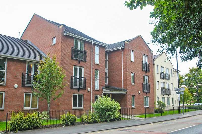 2 Bedrooms Apartment Flat for sale in New William Close, Partington, Manchester, M31
