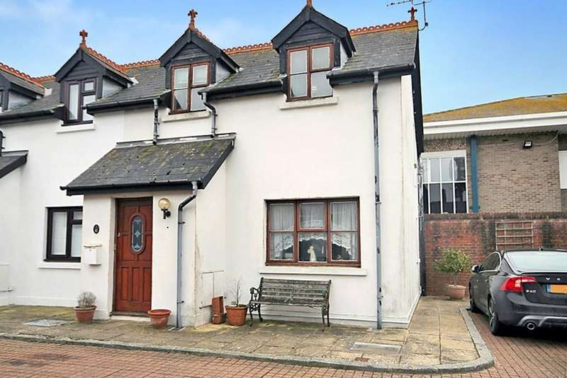 2 Bedrooms Mews House for sale in Coach House Mews, Gratwicke Road, Worthing BN11 4DQ