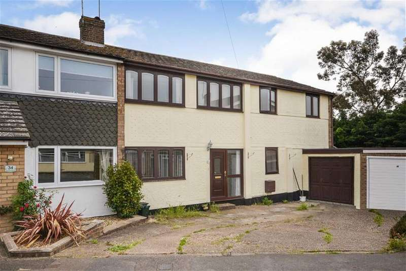 5 Bedrooms Semi Detached House for sale in Granger Avenue, Maldon, Essex