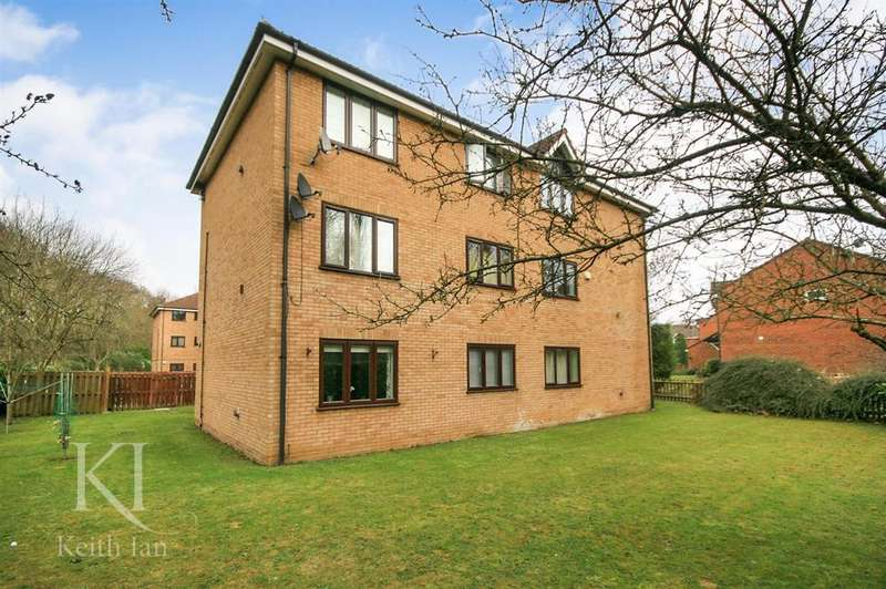 1 Bedroom Apartment Flat for sale in The Hyde, Ware - with Extended Lease Garage