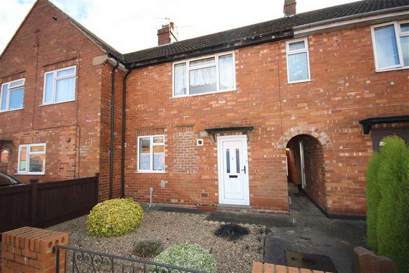 3 Bedrooms Terraced House for sale in Mill Row, Lincoln, Lincolnshire