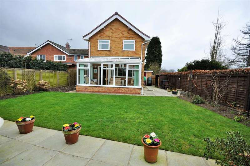 3 Bedrooms Detached House for sale in Springfield Road, Upper Poppleton, York