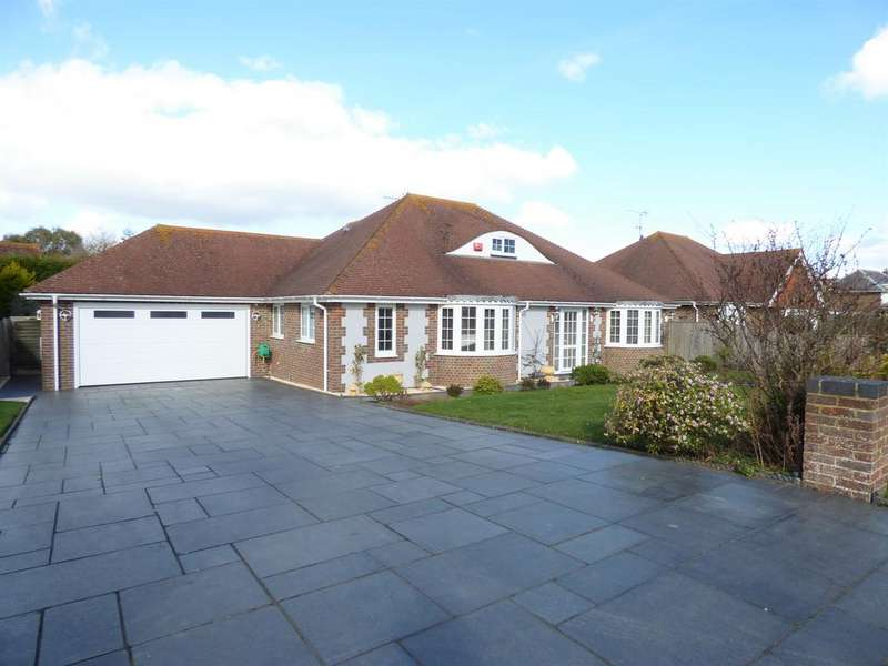 3 Bedrooms Detached Bungalow for sale in The Drive, Craigweil-on-Sea, Bognor Regis PO21