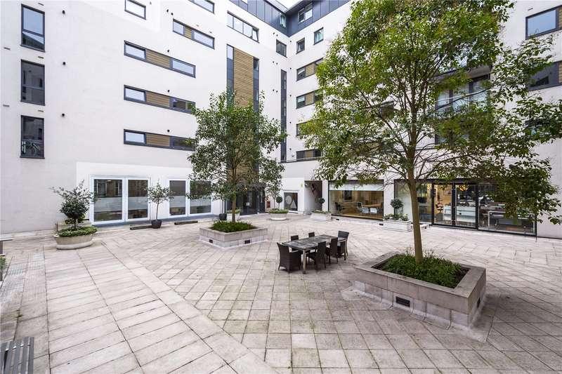 1 Bedroom Flat for sale in Clerkenwell Road, Clerkenwell, London, EC1M