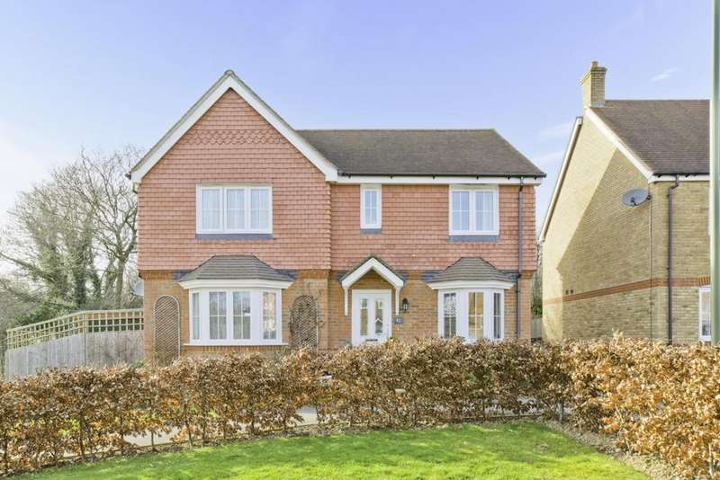 4 Bedrooms House for sale in Oak Tree Drive, Hassocks, BN6
