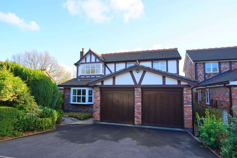 4 Bedrooms Detached House for sale in Mossdale Avenue, Lostock