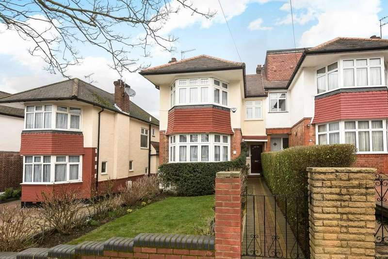 4 Bedrooms Semi Detached House for sale in Cowper Road, Southgate, N14