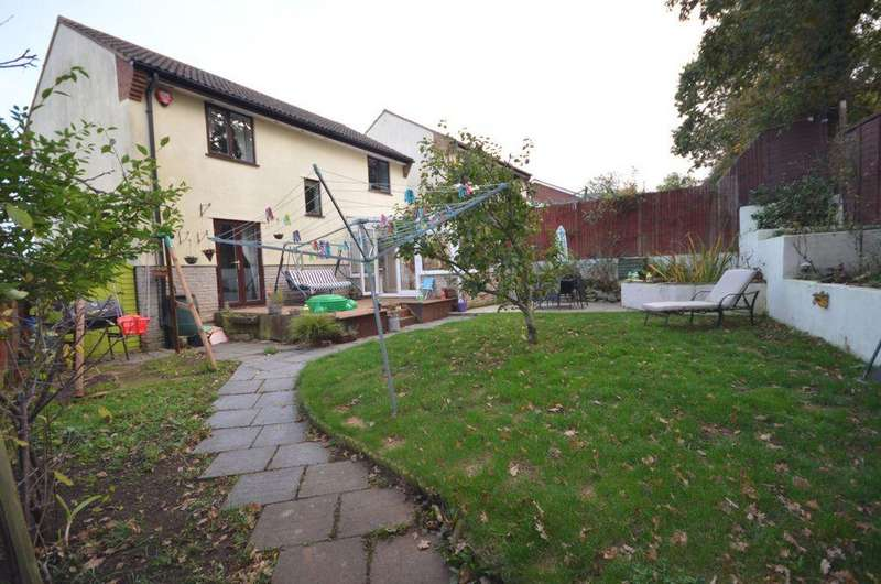 4 Bedrooms House for sale in Cousens Close, Dawlish, EX7