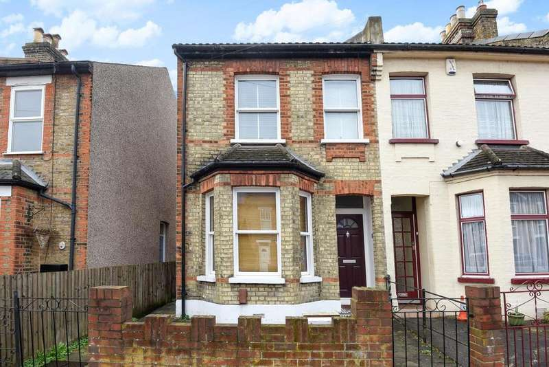 3 Bedrooms Terraced House for sale in Victoria Road, Bromley, BR2
