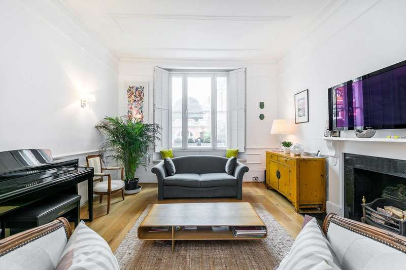 3 Bedrooms Flat for sale in Kensington Church Street, Kensington, W8