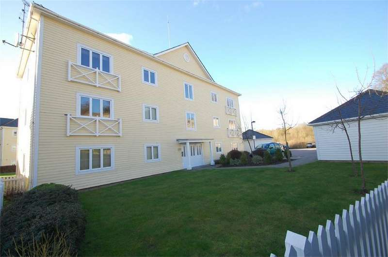 1 Bedroom Flat for sale in Alisander Close, Snodland, Kent