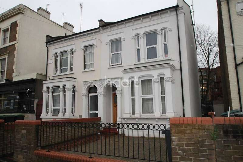 6 Bedrooms Semi Detached House for sale in Mayes Road, Wood Green, N22