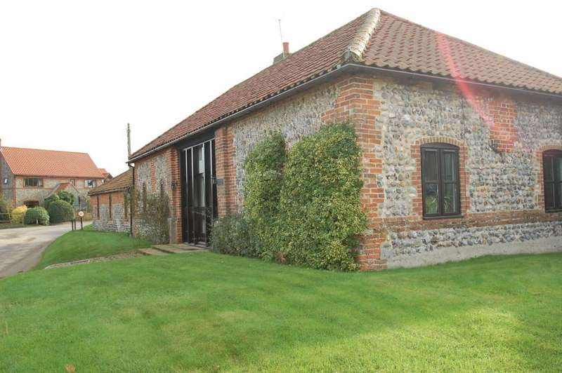 3 Bedrooms Barn Conversion Character Property for sale in Elderton Lane, Antingham