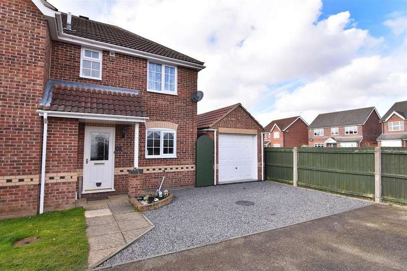 3 Bedrooms Semi Detached House for sale in Whittle Close, Boston
