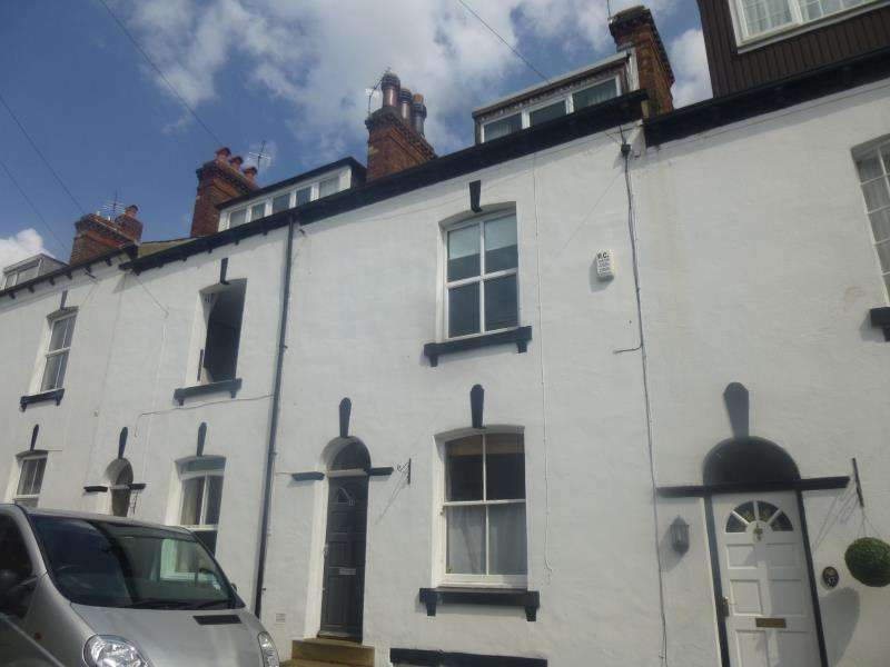 3 Bedrooms Terraced House for sale in VICTORIA STREET, LEEDS, LS7 4PA