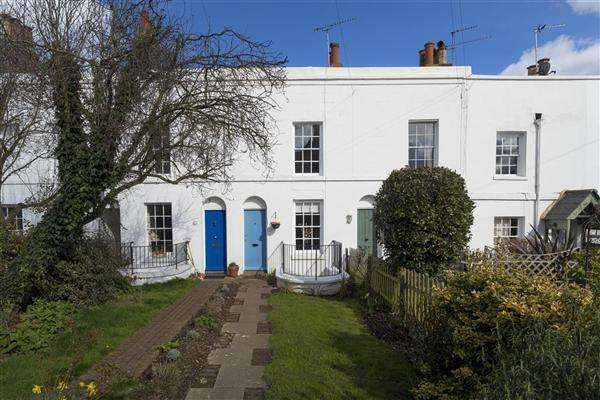 4 Bedrooms Terraced House for sale in New Street, Canterbury