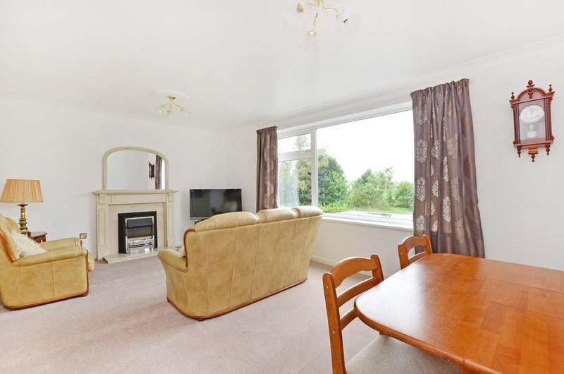 2 Bedrooms Apartment Flat for sale in Moorbank Road, Sandygate