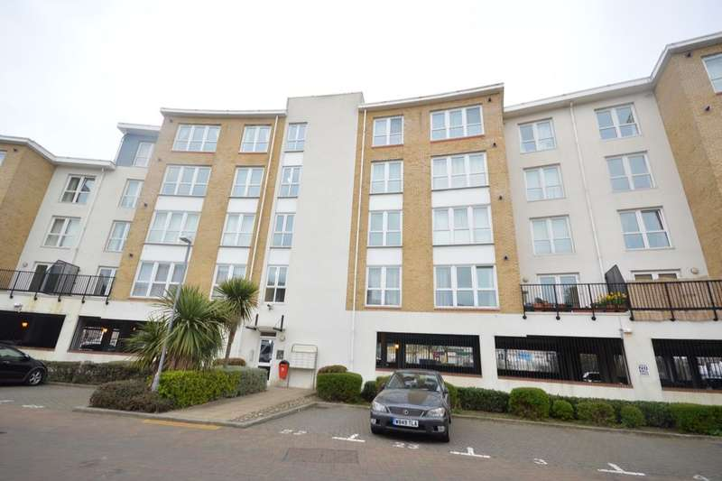 1 Bedroom Flat for sale in Fisgard Court Admirals Way, Gravesend, DA12