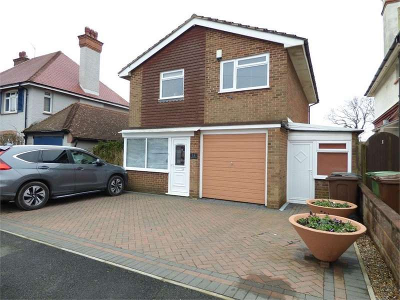 3 Bedrooms Detached House for sale in Terminus Avenue, BEXHILL-ON-SEA