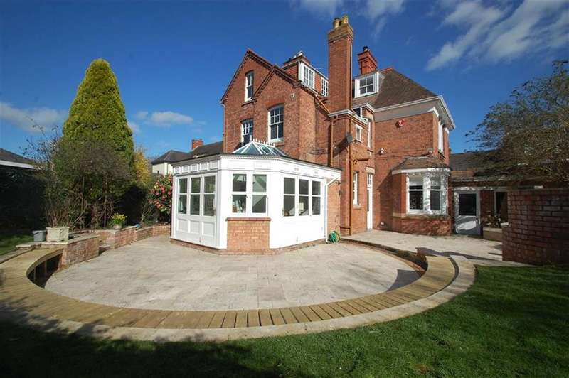 5 Bedrooms Detached House for sale in London Road, Shrewsbury
