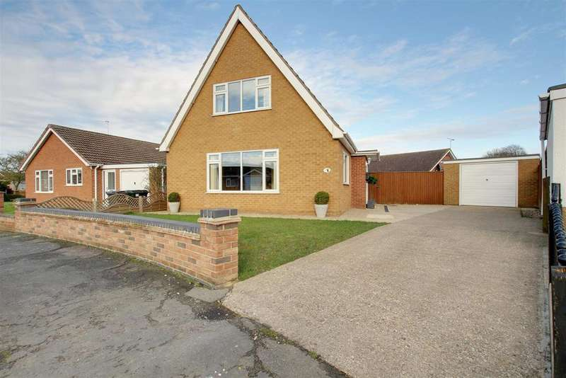 4 Bedrooms Detached Bungalow for sale in 1 Stephenson Close, Alford