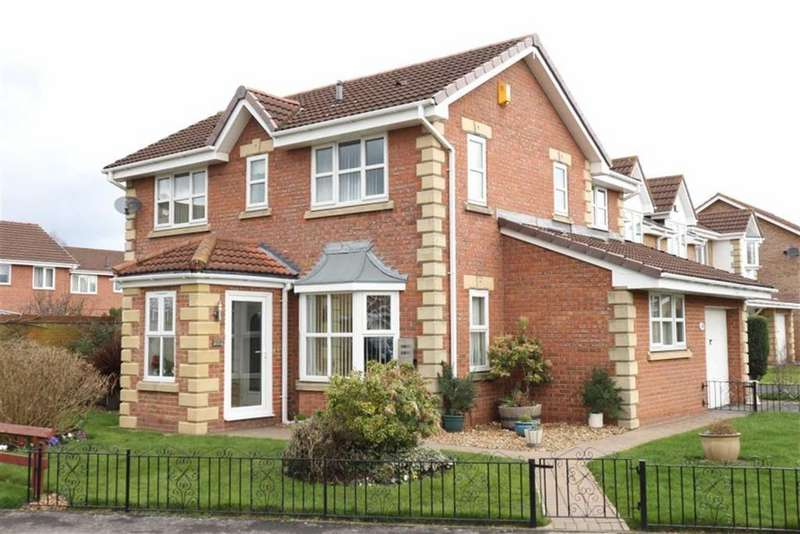 4 Bedrooms Detached House for sale in Moray Close, Darlington