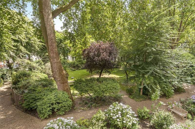 2 Bedrooms Flat for sale in Gledhow Gardens, South Kensington, London