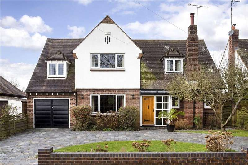 4 Bedrooms Detached House for sale in Myton Crofts, Leamington Spa, CV31