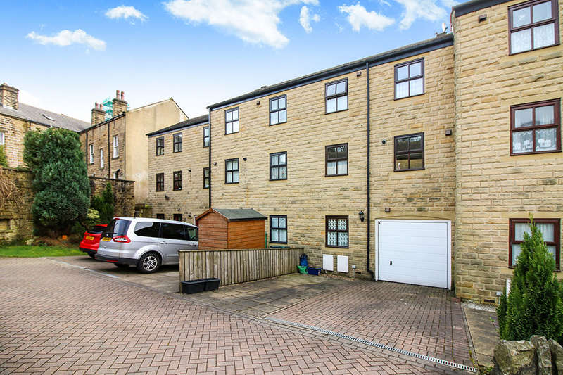 3 Bedrooms Property for sale in Honey Pot View, Oxenhope, Keighley, BD22