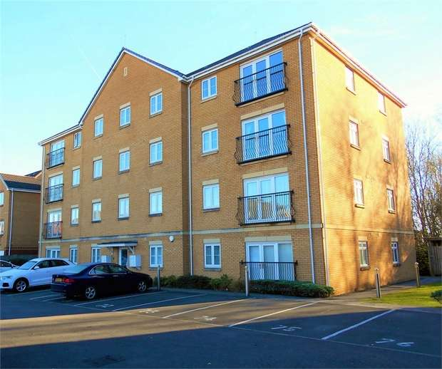 1 Bedroom Flat for sale in Wyncliffe Gardens, CARDIFF