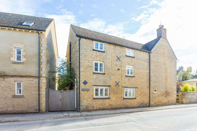 3 Bedrooms Cottage House for sale in West End, Chipping Norton