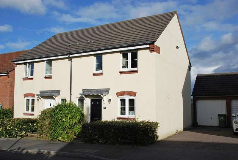 3 Bedrooms Semi Detached House for sale in King Alfred Crescent, Northam, Bideford